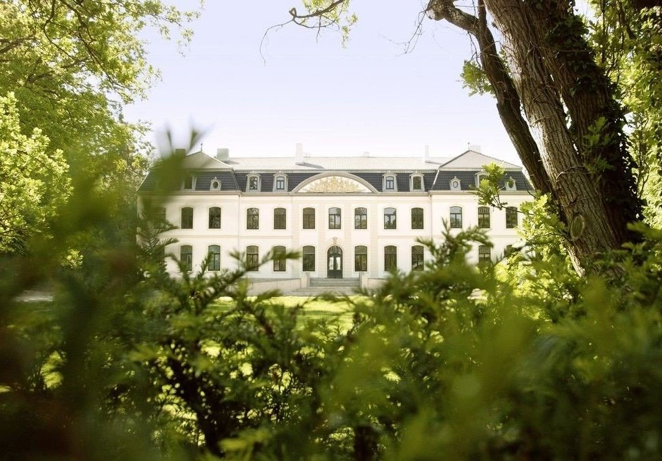 tree green house building château mansion Garden sunlight palace plantation flower plant bushes