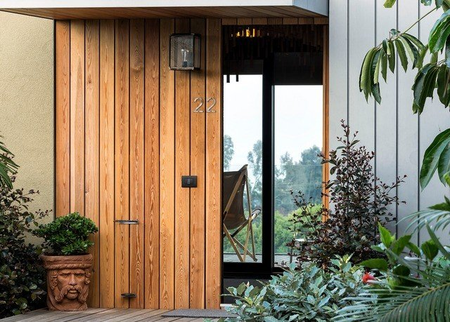 plant building door house shed home outdoor structure cottage porch Garden