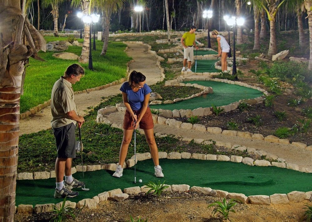 grass leisure athletic game Sport miniature golf Golf outdoor recreation sports recreation backyard Garden lawn