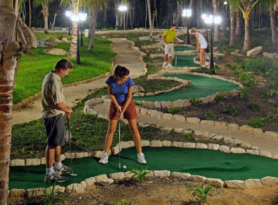 grass leisure athletic game miniature golf Sport sports outdoor recreation recreation Golf backyard lawn Garden