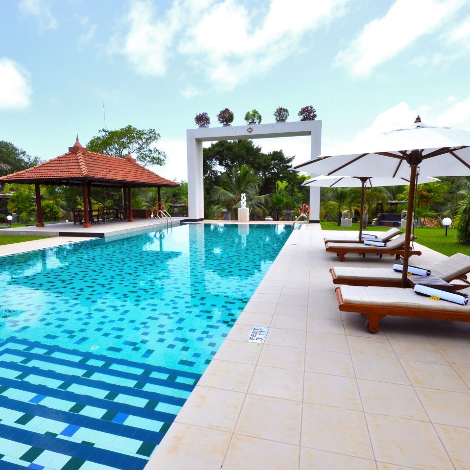 Garden Grounds Lounge Pool sky swimming pool leisure property Resort Villa condominium backyard