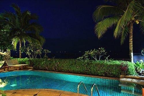 tree Resort Pool swimming pool property palm caribbean landscape lighting plant backyard Villa colorful condominium Jungle eco hotel Garden swimming