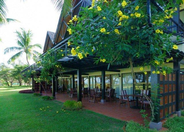 grass tree property Resort green restaurant cottage Jungle plant Garden flower