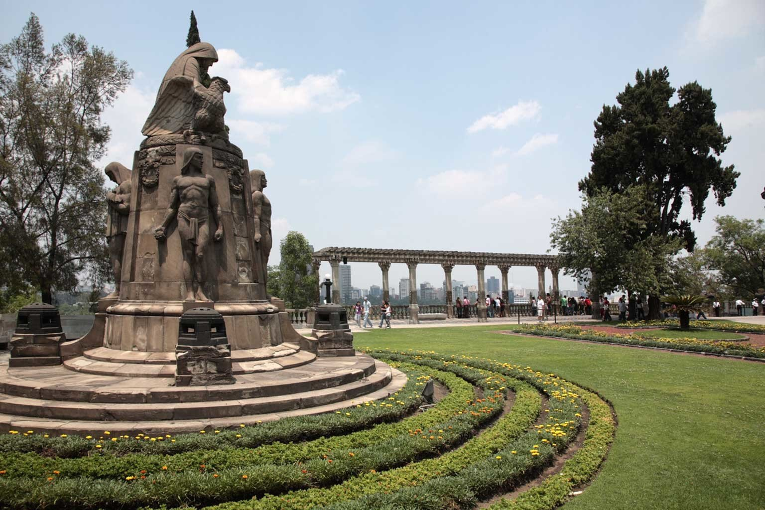 Landmarks Monuments Nature Outdoor Activities Outdoors sky grass tree building landmark monument Garden town square memorial ancient history palace plaza old place of worship stone colonnade