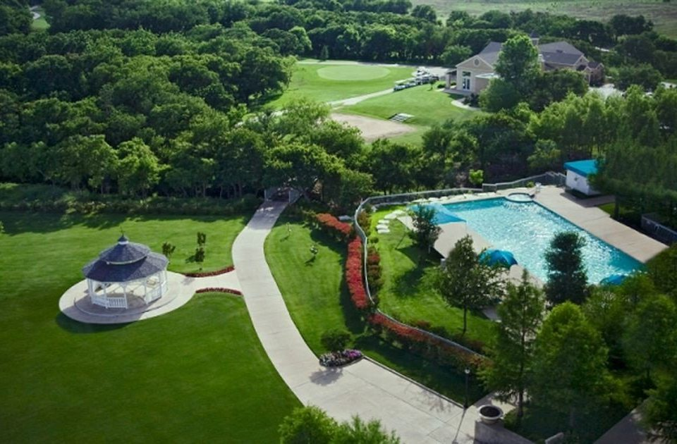 tree grass aerial photography bird's eye view swimming pool sport venue Resort Nature mansion park golf course Garden