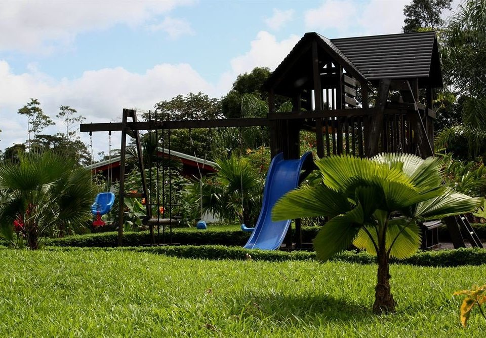 grass sky tree leisure field backyard Resort green Playground park yard Garden grassy lush