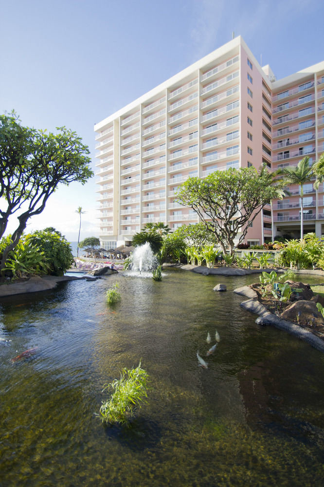 water sky grass River property condominium residential area reflecting pool waterway Garden tower block surrounded Resort
