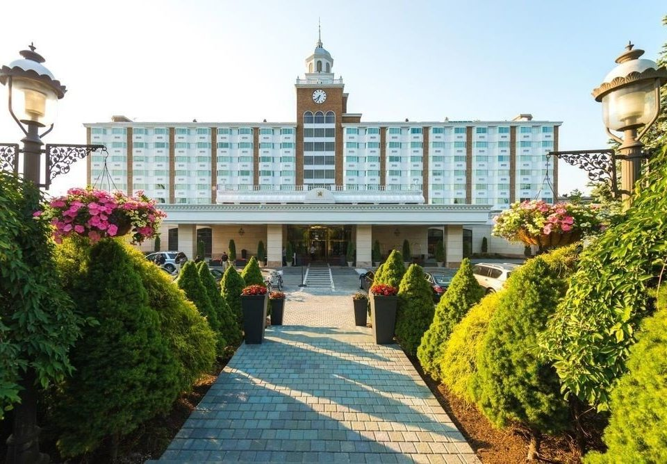 tree sky building property Town palace plaza walkway Resort tours flower Garden