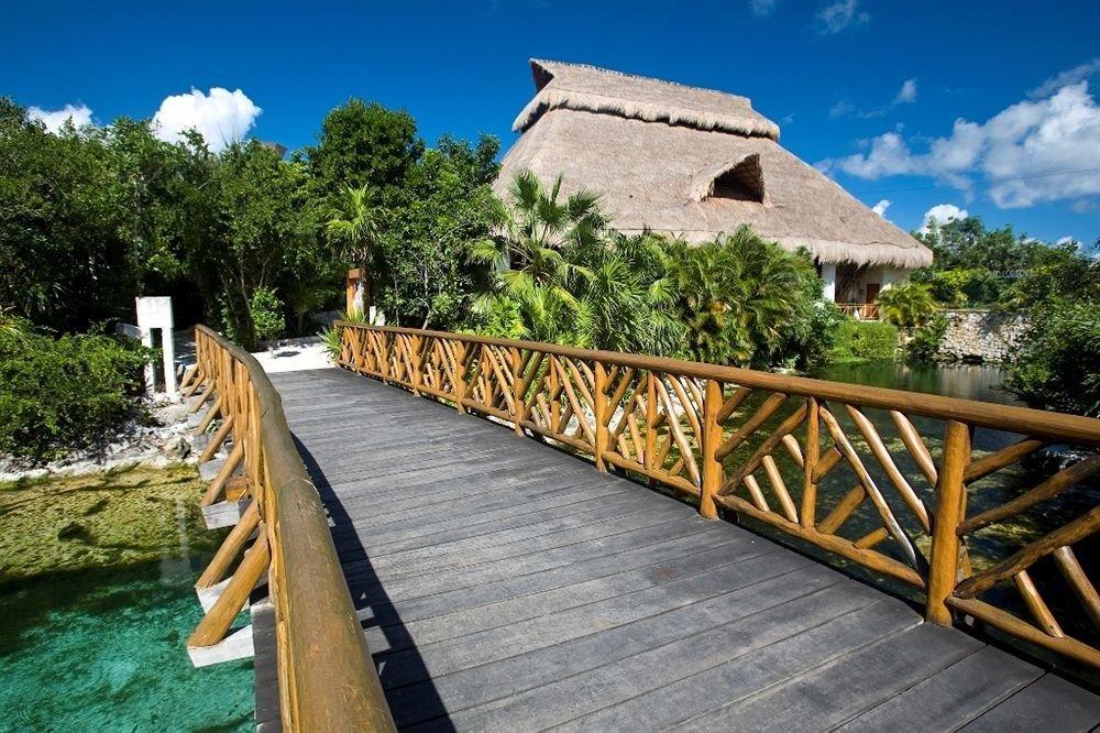 sky tree wooden property building walkway Resort Villa cottage backyard Garden