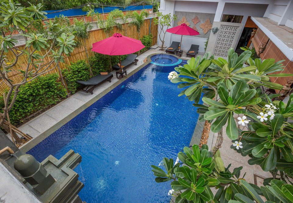 plant swimming pool property Resort backyard yard Garden Villa condominium flower