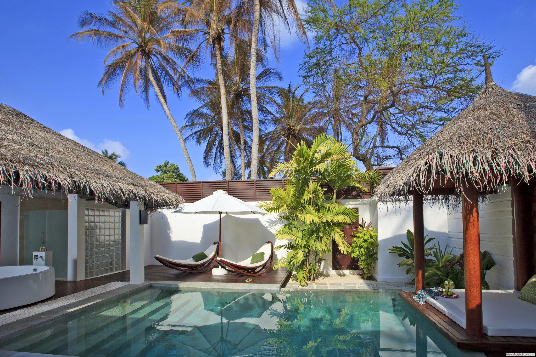 tree property Resort building swimming pool Villa caribbean home palm mansion cottage eco hotel condominium roof Garden