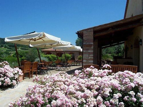 sky property flower Villa cottage Resort outdoor structure Garden
