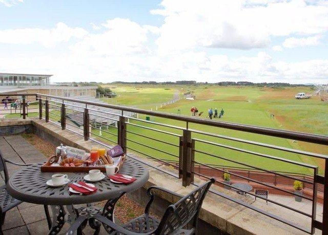 grass sky property vehicle waterway