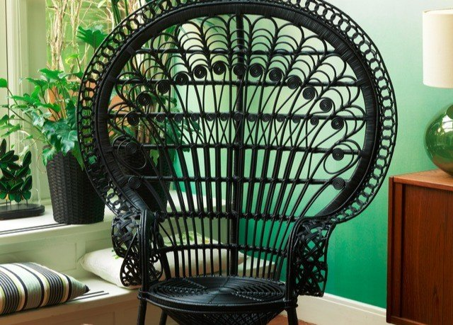 green iron product living room plant seat