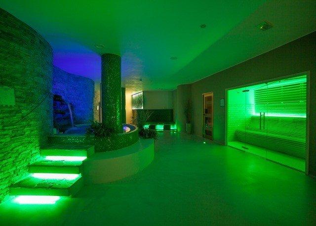 green light swimming pool night lighting laser