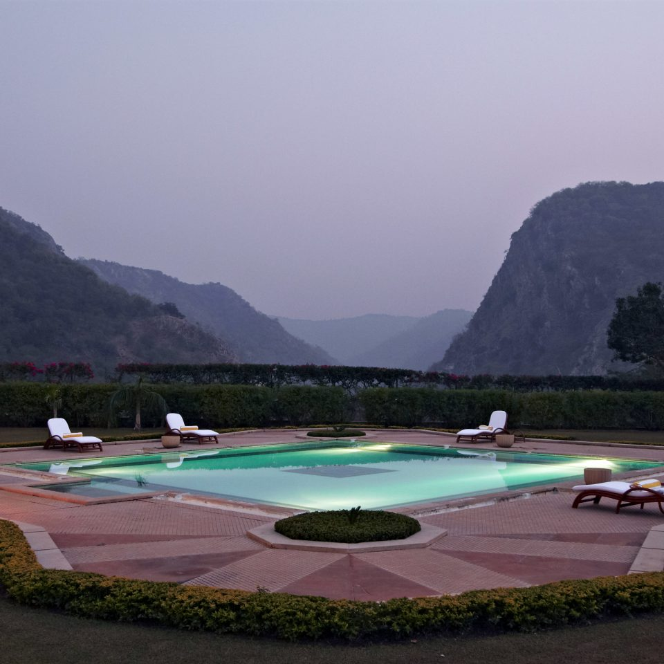 Grounds Lodge Mountains Play Pool Scenic views mountain sky structure swimming pool sport venue Resort promontory Island