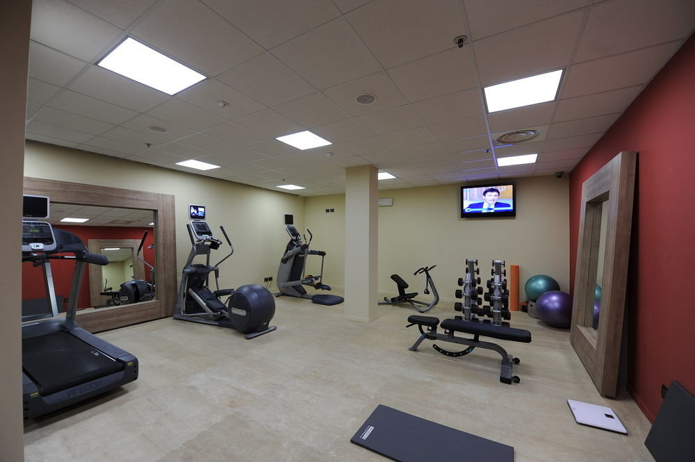 structure gym property sport venue physical fitness
