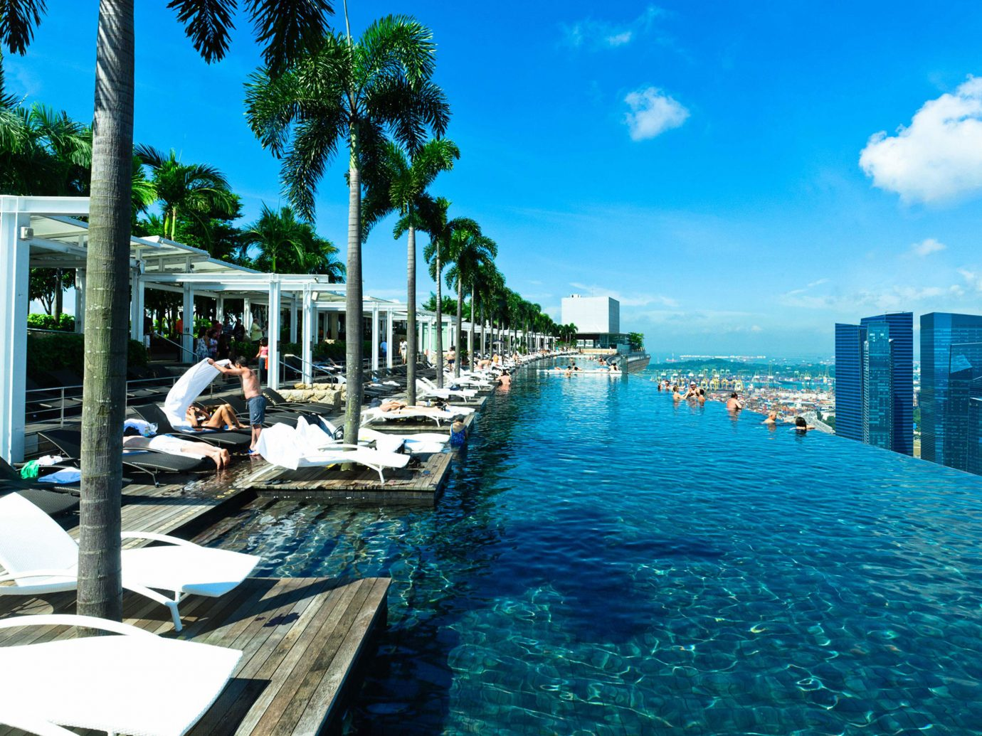 Infinity Pool At The Marina Bay Sands Hotel In Singapore
