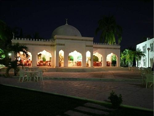 night lighting hacienda place of worship screenshot