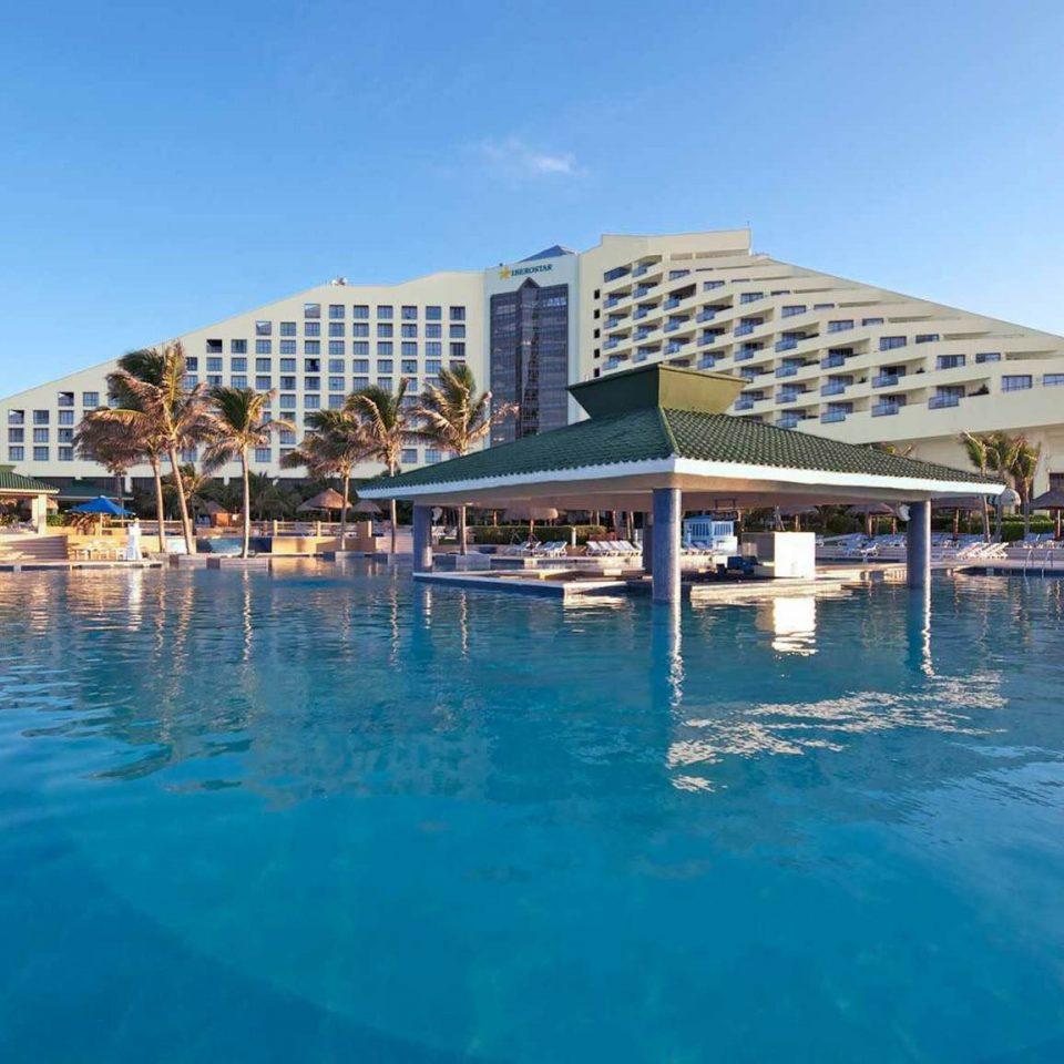 water sky swimming pool property leisure Resort Pool scene resort town marina condominium dock Harbor blue swimming empty
