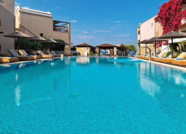 building water swimming pool property leisure house Resort Harbor resort town Villa Town
