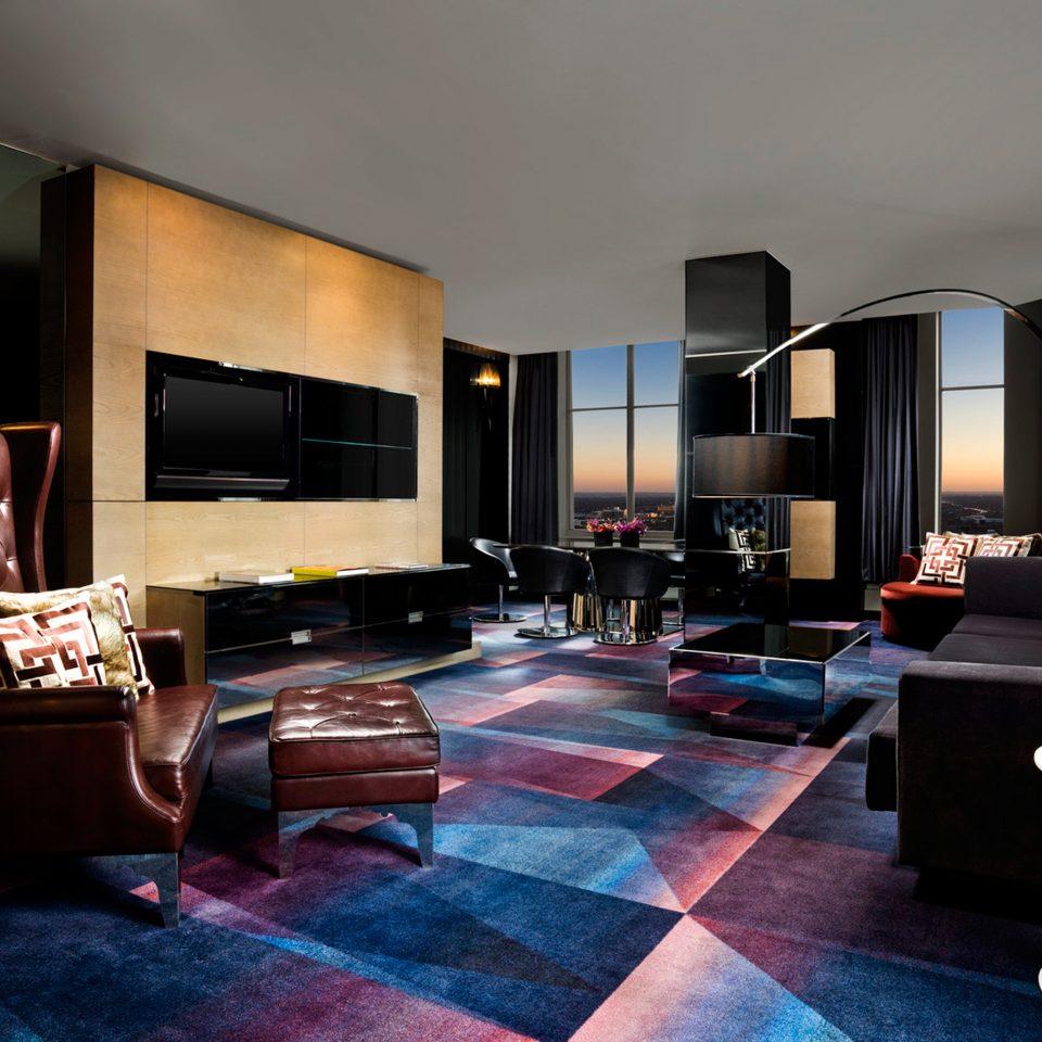 Hip Historic Lounge Modern Scenic views Suite property living room home condominium Villa