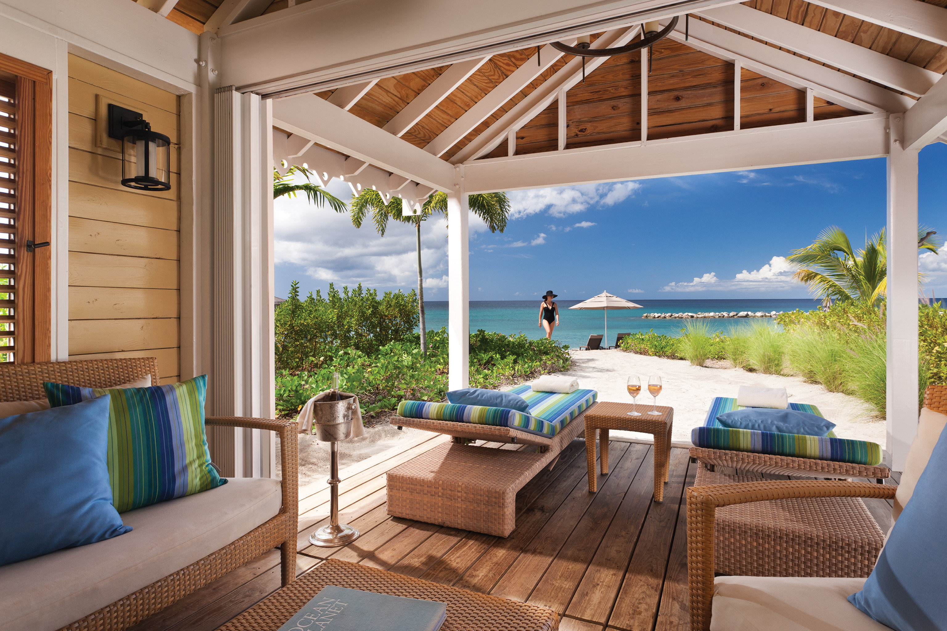 Hip Hotels Lounge Luxury Scenic views Trip Ideas property swimming pool Villa cottage home Resort backyard outdoor structure living room farmhouse porch overlooking