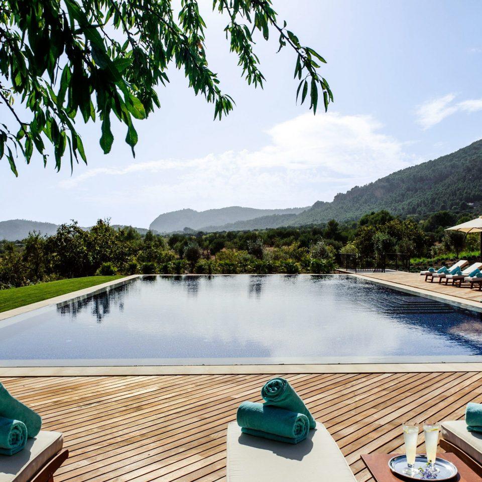 Hip Lounge Luxury Modern Pool sky tree water leisure swimming pool Resort Lake overlooking