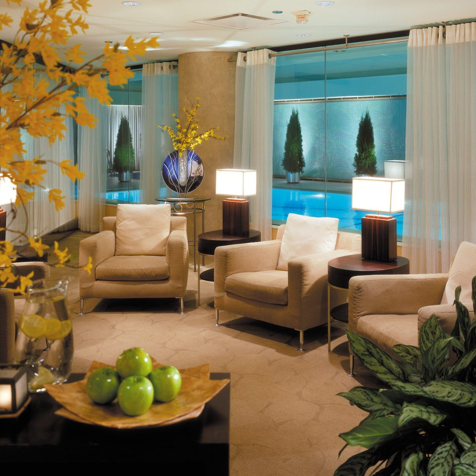 Hip Lounge Luxury Modern Lobby living room property home condominium plant Resort restaurant Villa mansion Suite