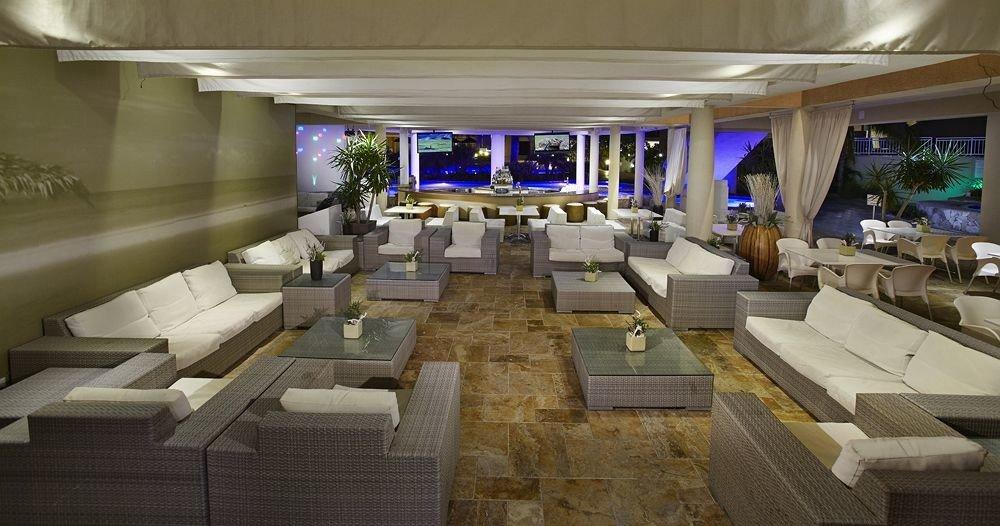 Hip Lounge Luxury Modern Scenic views Lobby yacht vehicle mansion