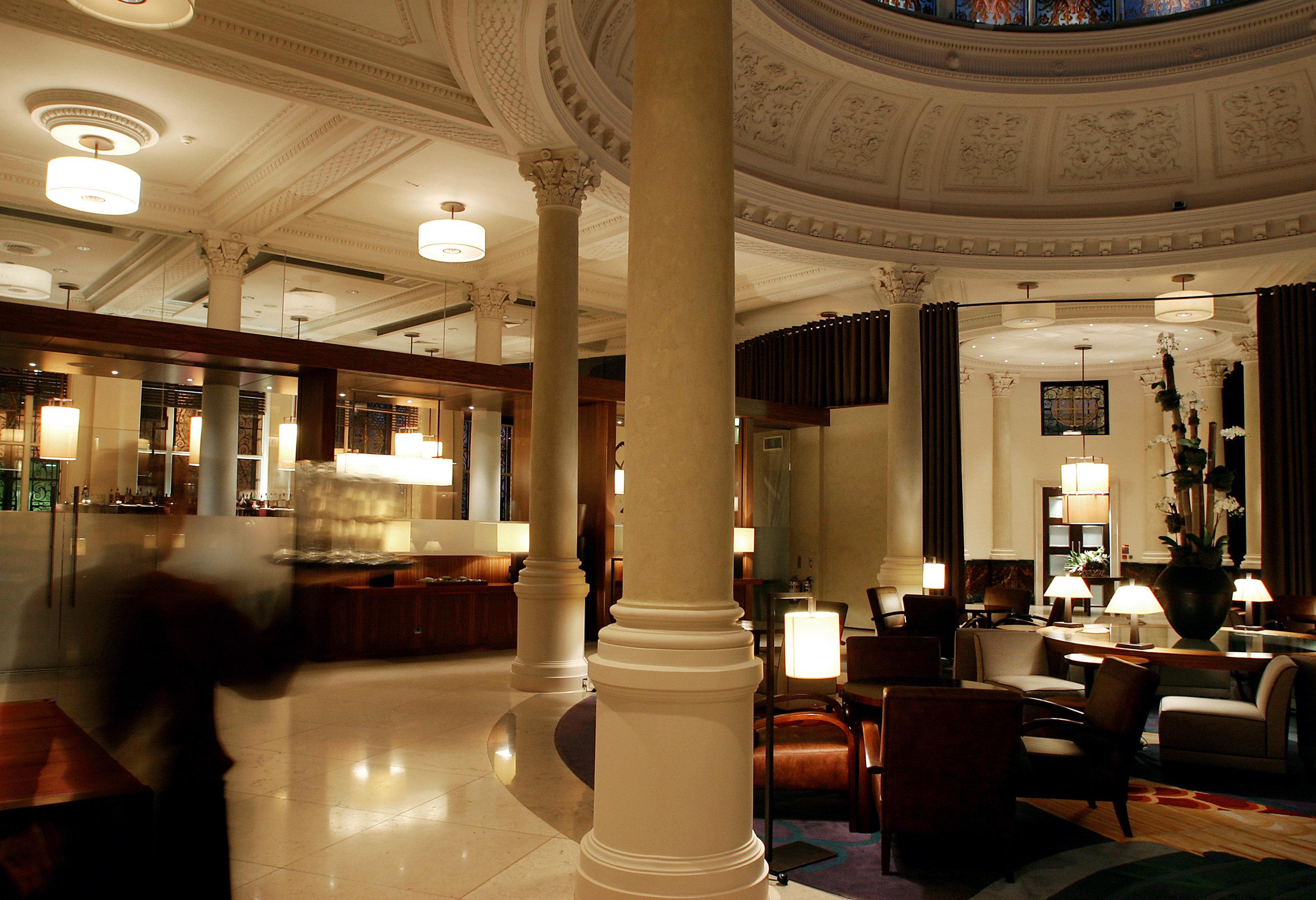 Hip Lobby Lounge Luxury Modern restaurant lighting function hall palace ballroom