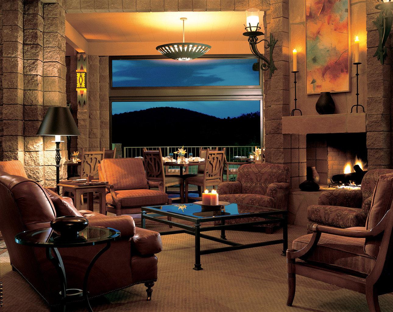 Hip Lounge Luxury property living room home lighting screenshot