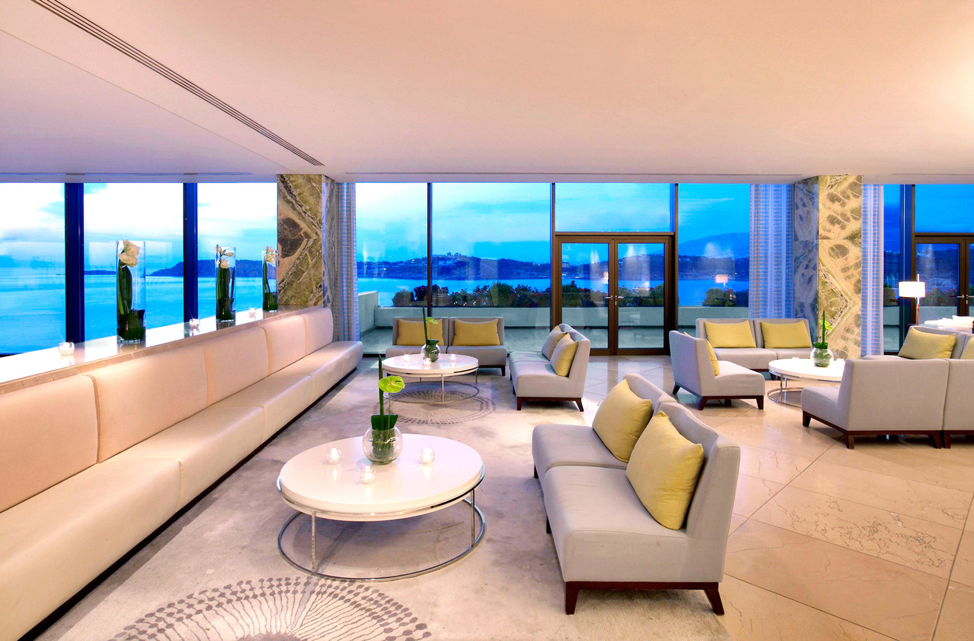 Hip Lounge Luxury Modern property condominium swimming pool Suite living room Villa Resort home