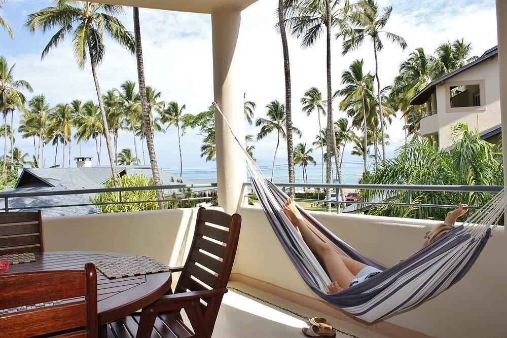 Hip Lounge Luxury Modern tree chair leisure property palm home Villa Resort hammock porch dining table