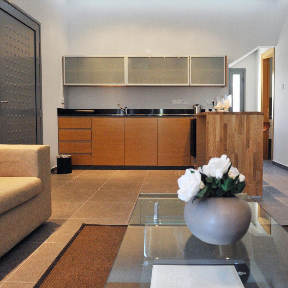 Hip Lounge Luxury Modern Scenic views property condominium hardwood home living room Suite loft flooring
