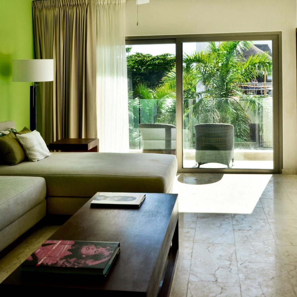 Hip Lounge Luxury Scenic views sofa property living room green house home condominium Suite cottage Villa mansion Modern