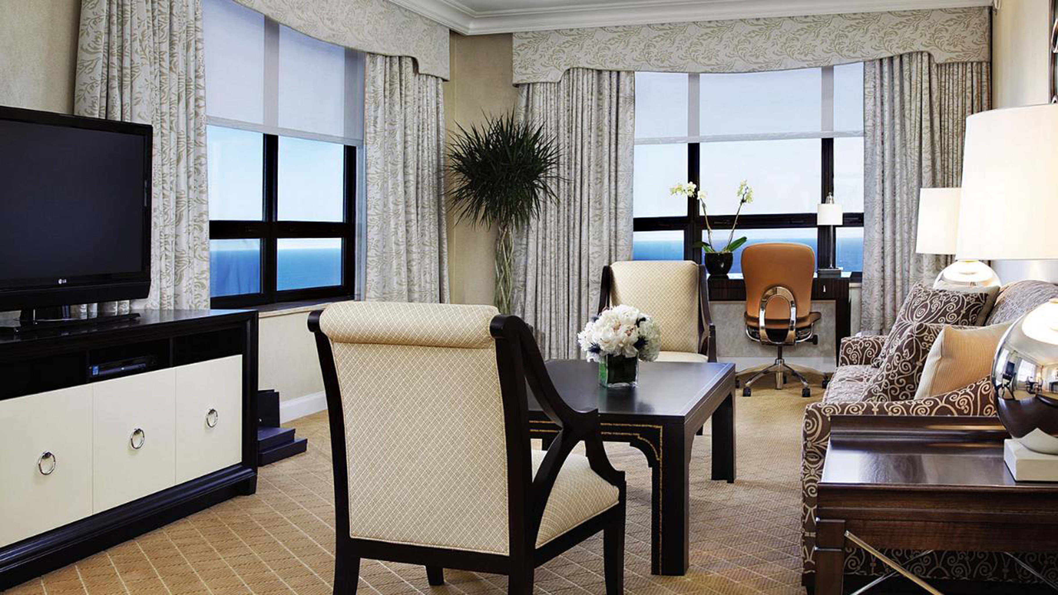 Hip Lounge Luxury Modern property living room Suite home condominium cottage