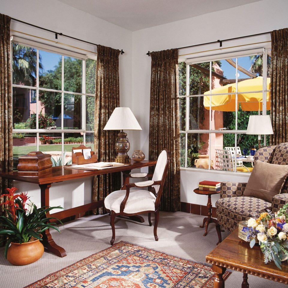 Hip Lounge Luxury Modern living room property home porch hardwood condominium cottage nice farmhouse