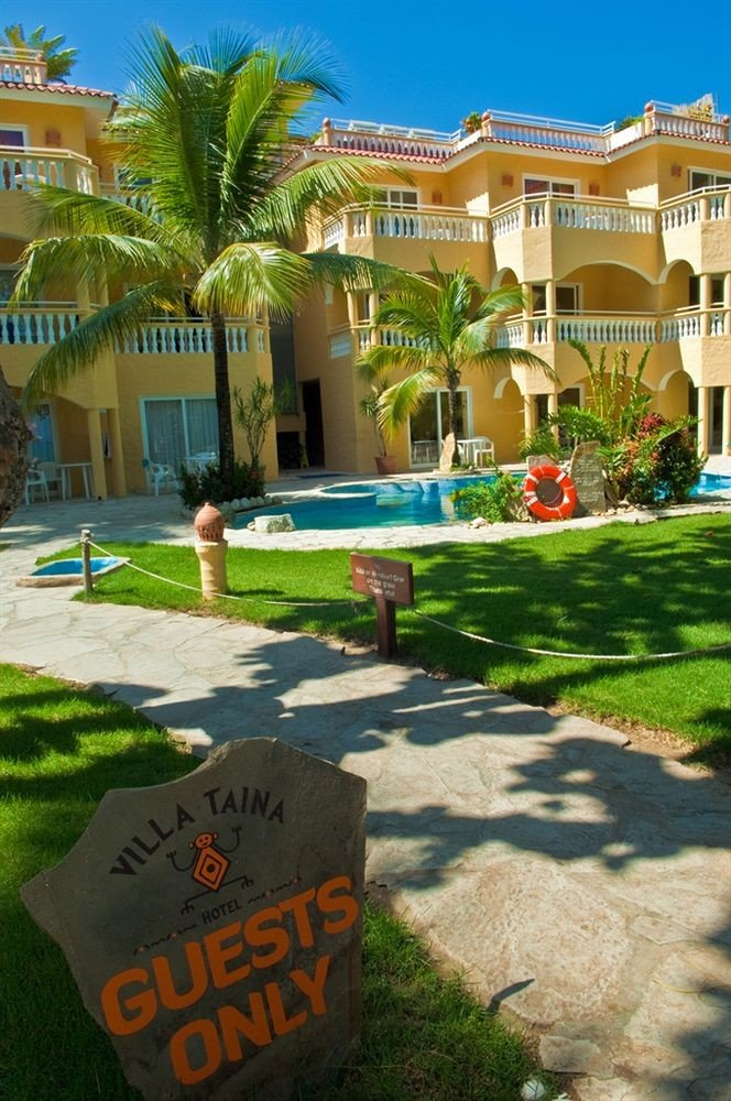 Hip Lounge Luxury Modern Pool grass leisure Resort sign lawn palm