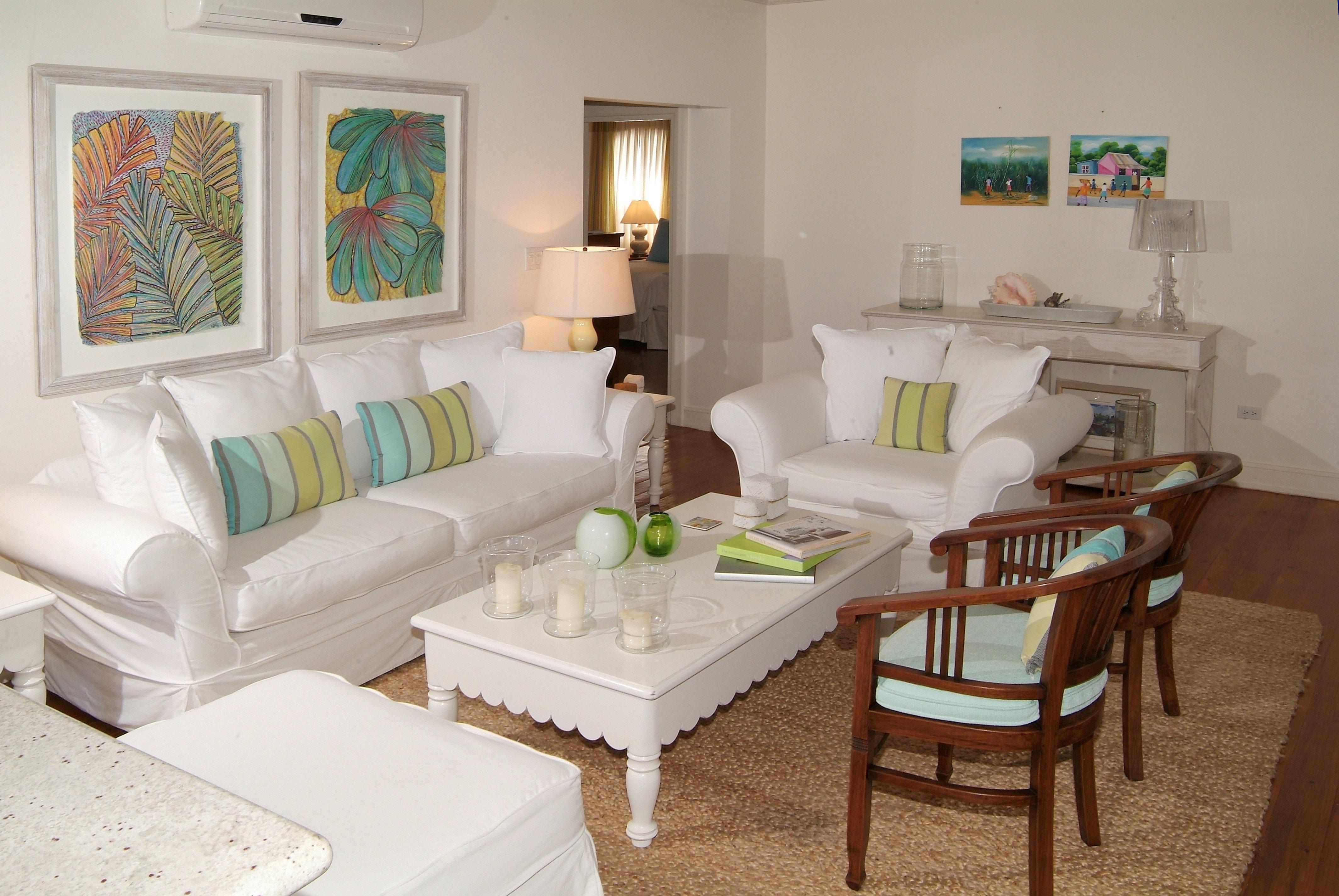 Hip Lounge Luxury Modern living room property home cottage Villa condominium Suite