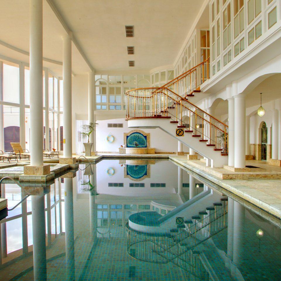 Hip Lounge Luxury Modern Pool property building swimming pool Resort palace mansion