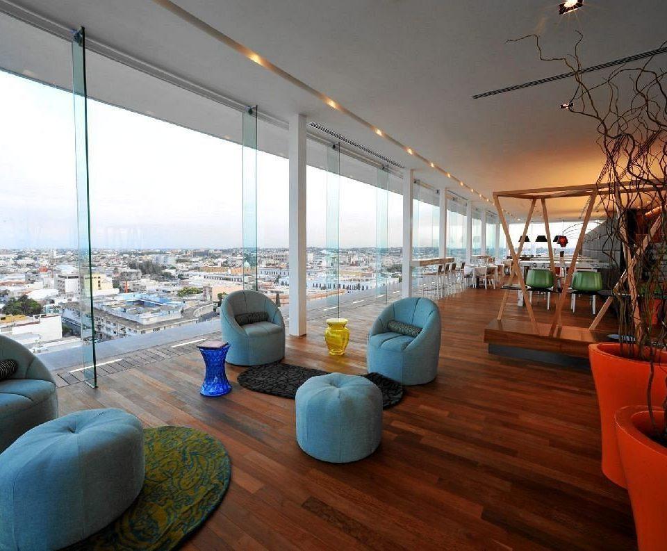 Hip Lounge Luxury Scenic views sky property Resort home living room condominium day