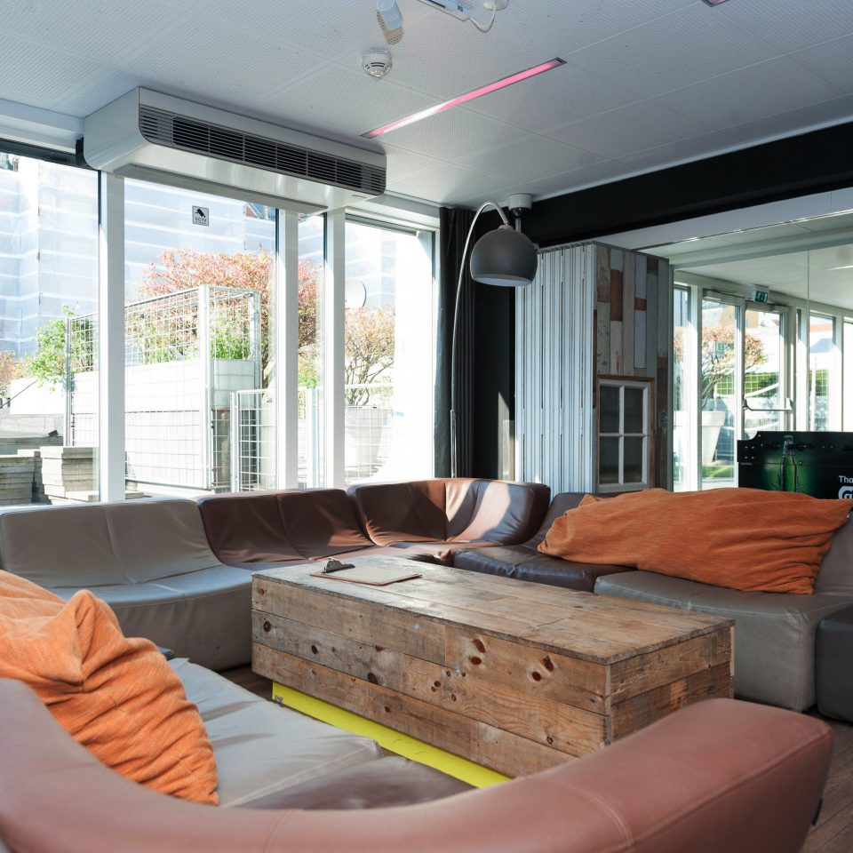 Hip Lounge Luxury Scenic views sofa property condominium living room home Villa cottage Resort Suite