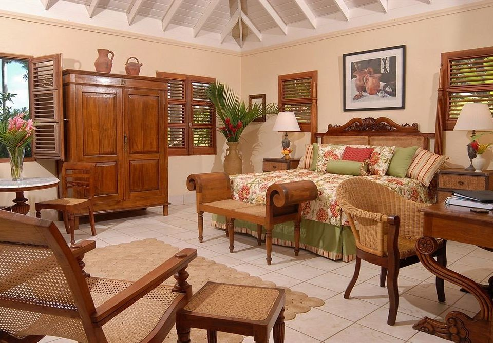 Hip Lounge Luxury Tropical chair property Resort cottage Villa home living room Suite
