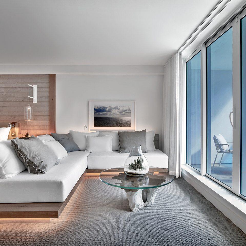 Hip Lounge Luxury Scenic views property living room home condominium Suite