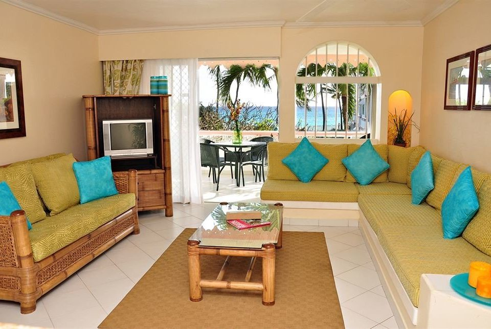 Hip Lounge Luxury Scenic views property living room home Villa cottage Suite condominium