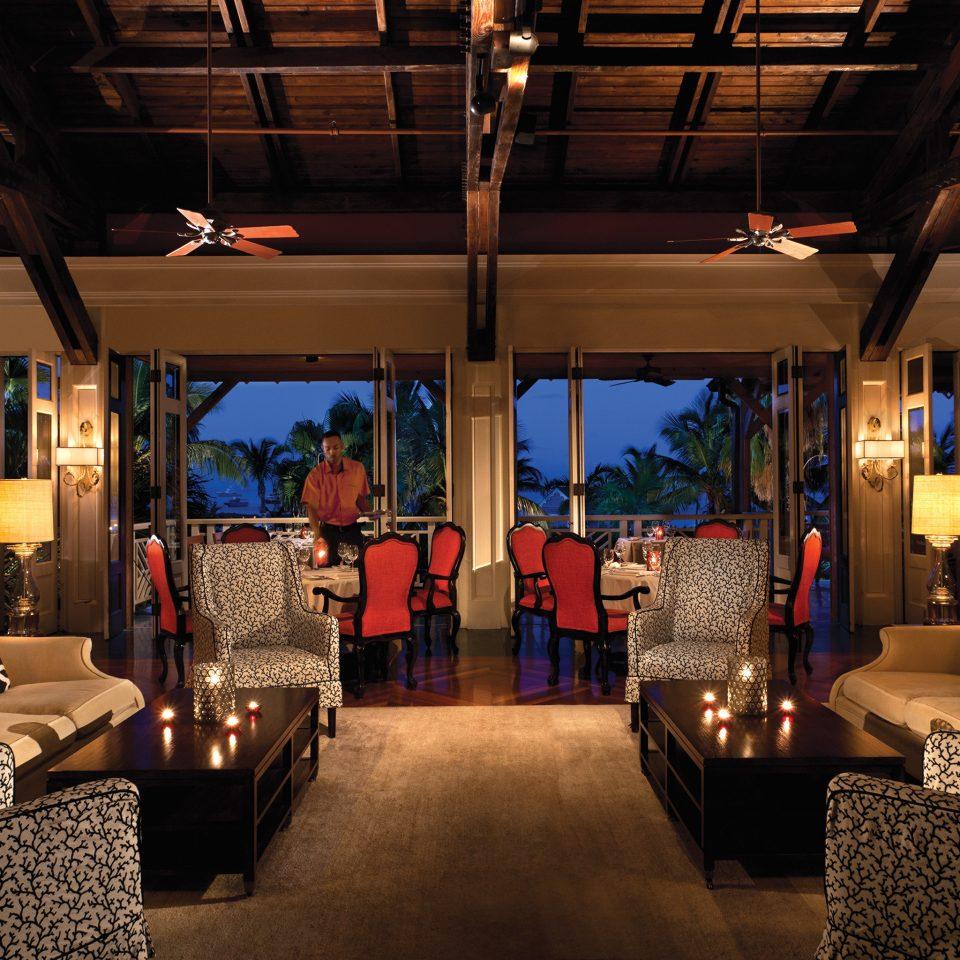 Hip Lounge Luxury Scenic views