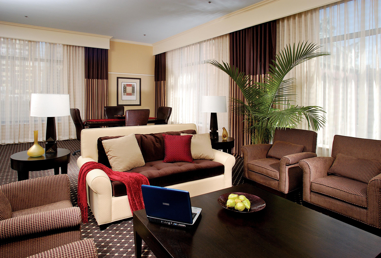 Hip Lounge Luxury sofa property living room condominium Suite home cottage flat leather arranged