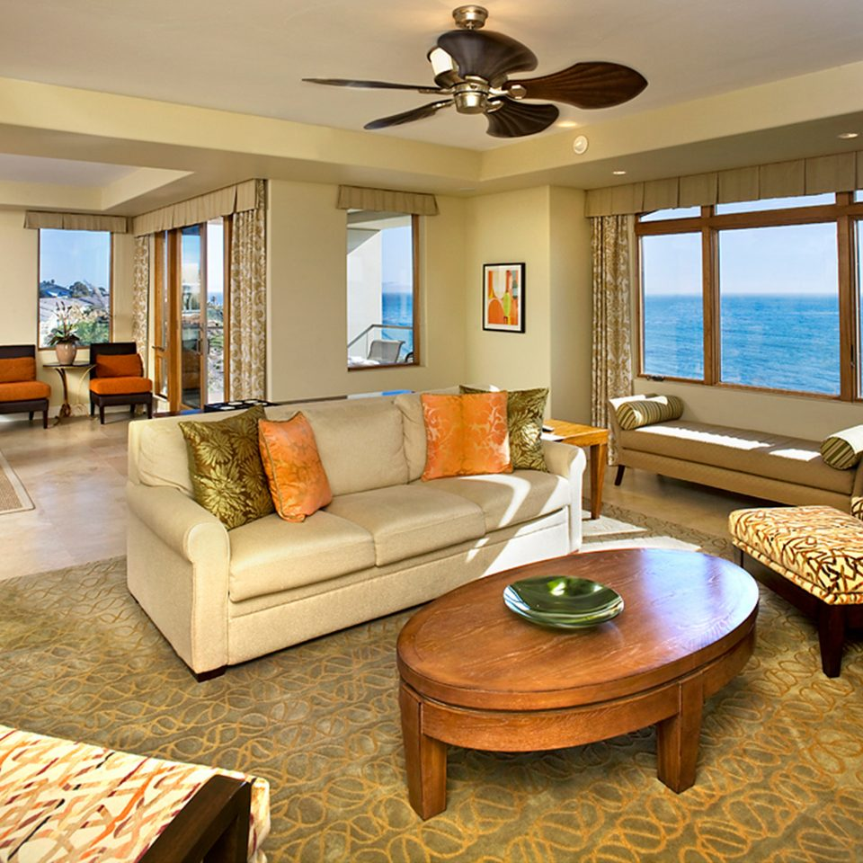 Hip Lounge Modern property living room home hardwood Suite Villa cottage condominium
