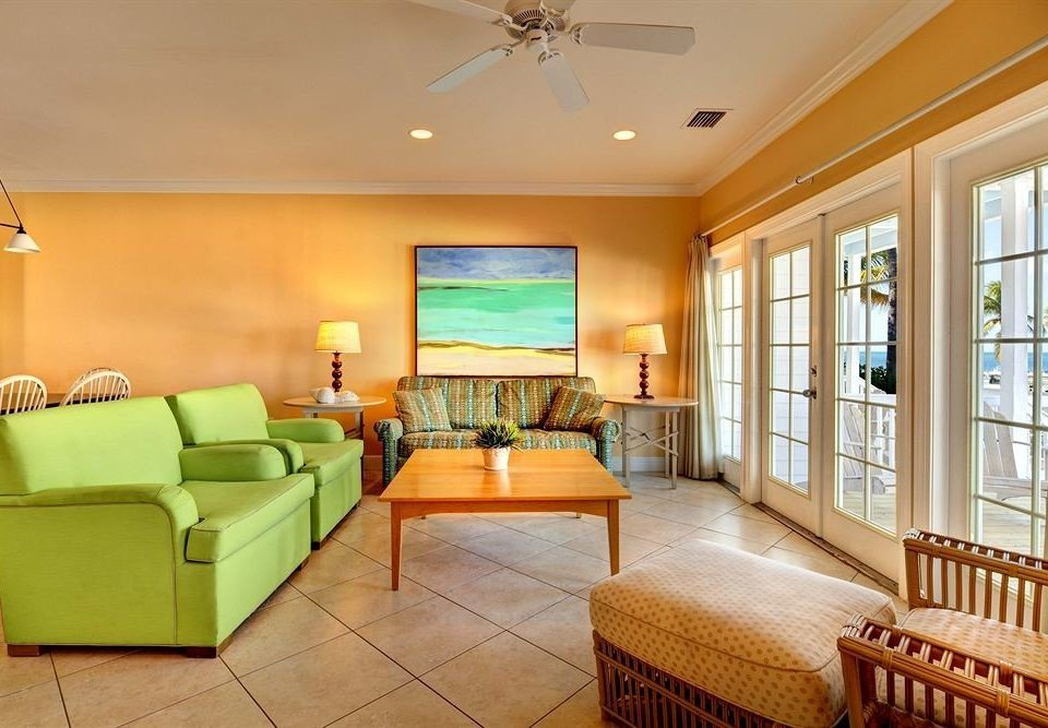 Hip Lounge Scenic views sofa property living room Suite home hardwood condominium cottage Villa mansion